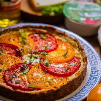 Tomati-kitsejuustupirukas tatrajahust põhjal